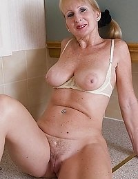 Free porn 90 Year Old Granny galleries Page 1 - ImageFap