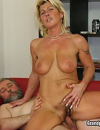 Busty Mature Slapper Renata Loves A Hard Raw Dick Fucking