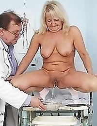Mature Dorota having pussy gyno speculum checked at gyno office